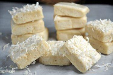 Gesunde, hausgemachte Marshmallows (Schaumbonbons)