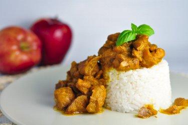 Fitness-Hähnchen-Curry mit Äpfeln