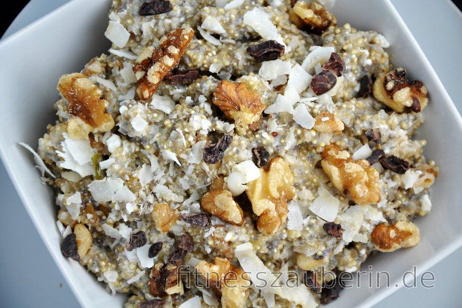 Gesunder Quinoa-Brei mit Quark