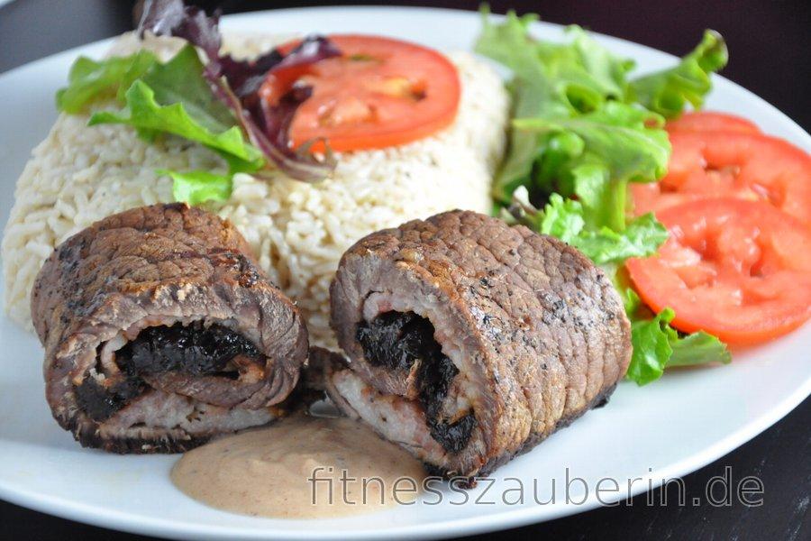 Rindfleischröllchen mit Trockenpflaumen