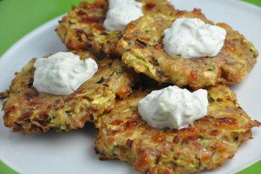 Gesunde Gebackene Zucchini-Thunfisch-Klopse (Glutenfrei)