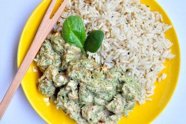 Fitness-Hühner-Sauté mit Brokkoli-Blauschimmelkäse-Sauce