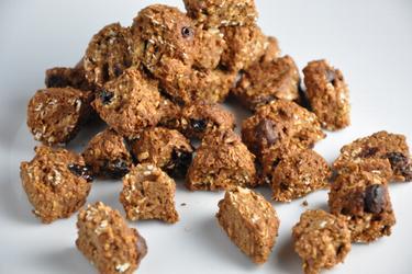 Gesunde, hausgemachte Kokos-Schoko-Müslihappen