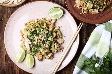 Einfaches Hähnchen-Pad Thai
