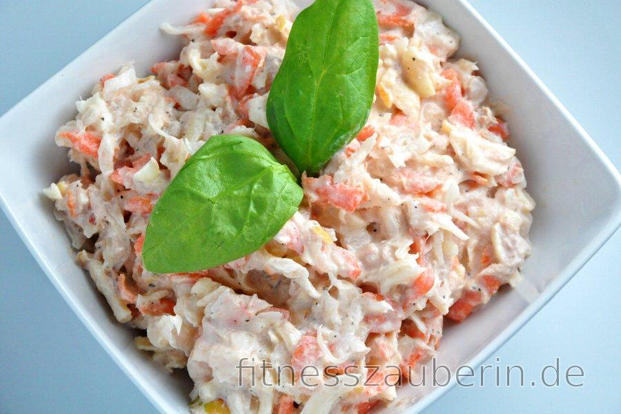 Thunfischsalat mit Sauerkraut, Möhre und Apfel